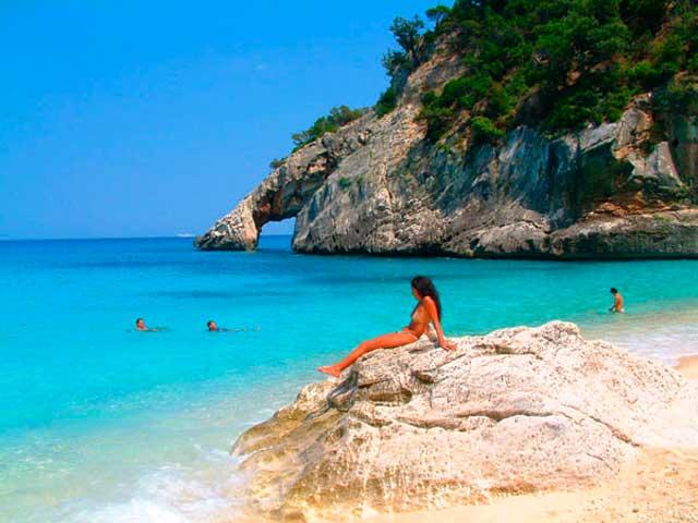 Жемчужина-Средиземного-моря-–-Сардиния